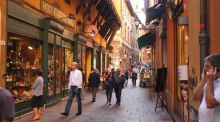 Golf offer and charming Hotel Novecento in Bologna