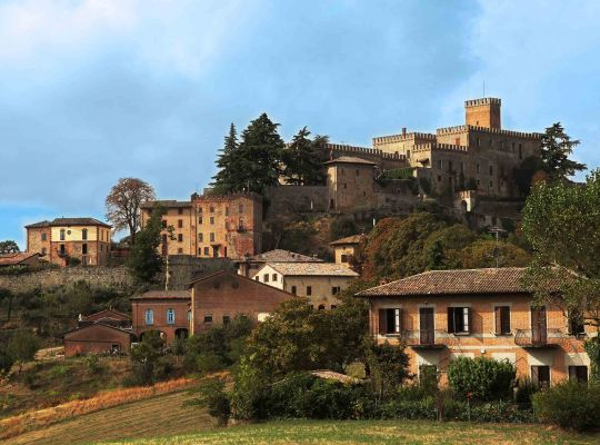 Exciting golf vacation in a medieval castle in Italy